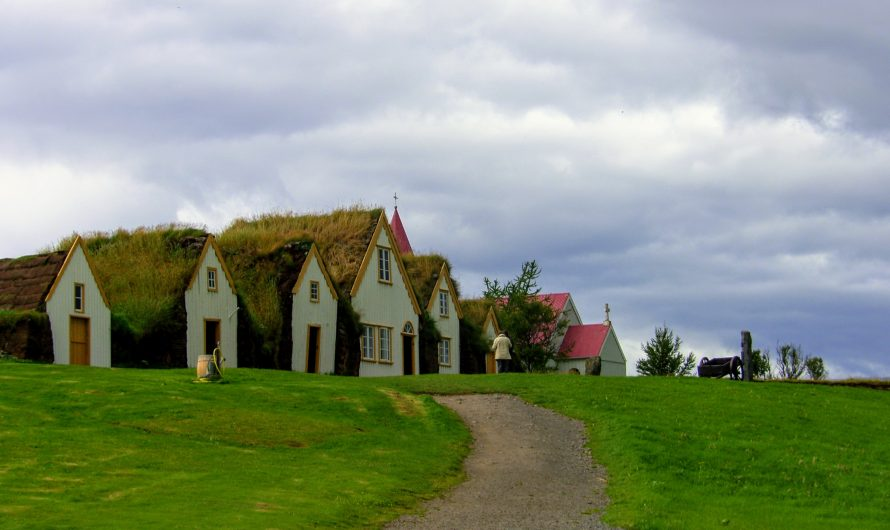 History and Old Turf Houses at Glaumbaer