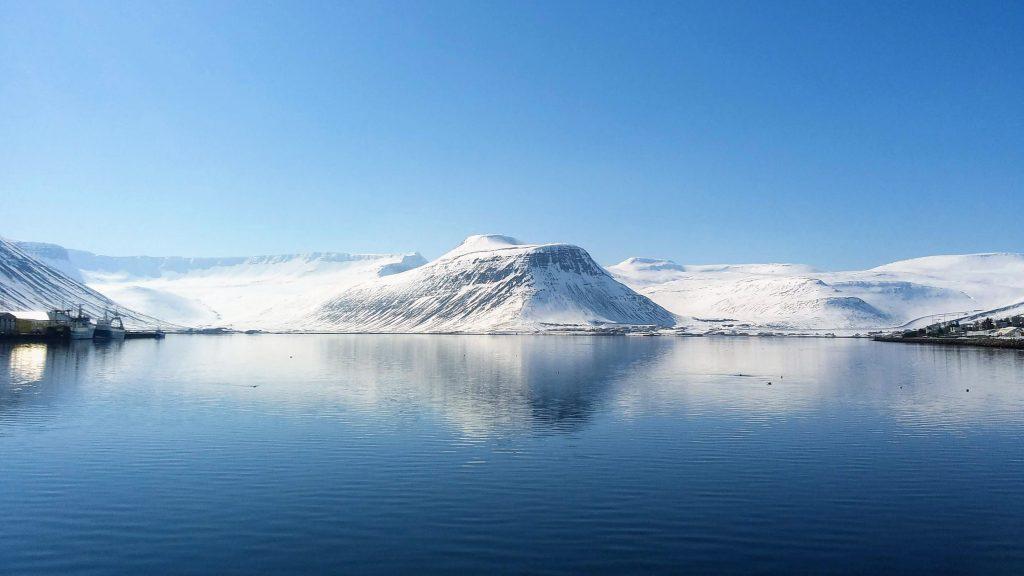 Skutulsfjörður In Springtime