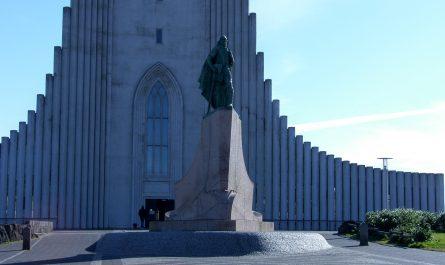 Monument in Front of Hallgrimskirkja