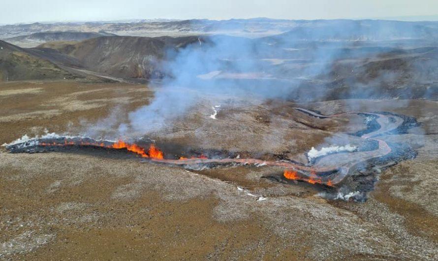 Follow The Beginning Of A Brand New Volcanic Eruption On The Reykjanes Peninsula